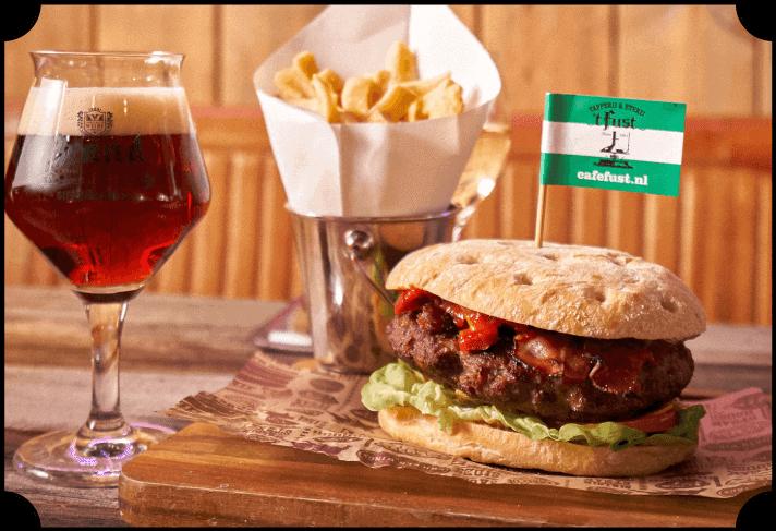 Hamburger friet bier - Cafe Fust